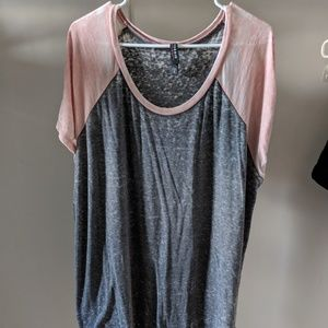 Torrid gray and blush burnout tee